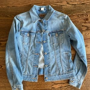 Levis womens denim jean jacket